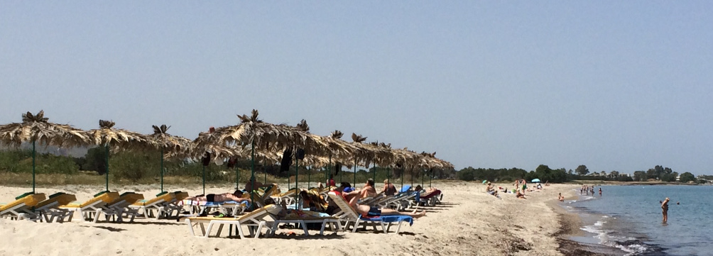 Ruhe am Strand Karnagio Beach